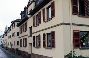 Die städtischen Wohnungen in der Magnerichstraße in Pallien sollen für rund zwei Millionen Euro umfassend erneuert werden.