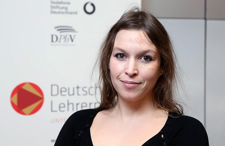"""Dr. Fee-Isabelle Rautert vom Friedrich-Spee-Gymnasium wurde in Berlin mit dem """"Deutschen Lehrerpreis"""" ausgezeichnet. Foto: Philologenverband"""