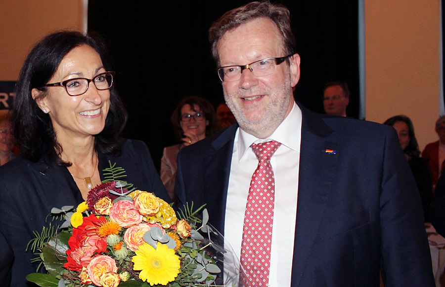 Hiltrud Zock, hier mit dem scheidenden Parteichef Bernhard Kaster, wird kooptiertes Mitglied im Vorstand der Trierer Union.