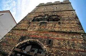 Im Frankenturm steigt am kommenden Samstag der Trierer Nachtflohmarkt. Foto: ttm