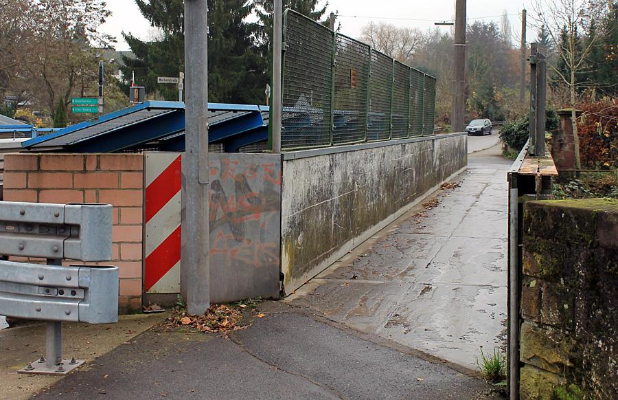 Die Fußgängerbrücke an der Aulbrücke wird noch in diesem Jahr abgerissen und durch einen Neubau ersetzt. Auch die Aulbrücke gehörte zum Danaer-Geschenk der Deutschen Bahn an die Stadt.