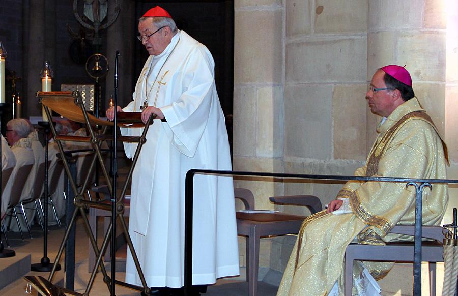 Karl Kardinal Lehmann und der Trierer Bischof Stephan Ackermann feierten den Gottesdienst in der Liebfrauen-Basilika. Foto: Bistum Trier