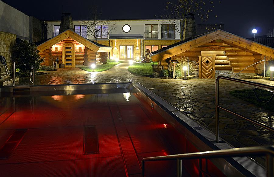 orientalische nacht im saunagarten trier reporter. Black Bedroom Furniture Sets. Home Design Ideas