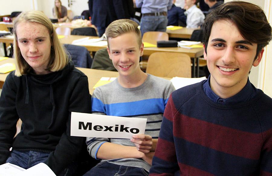 Pascal Yaramis (17), Kai Werel (15) und Tim Heib (16) vertraten Mexiko.