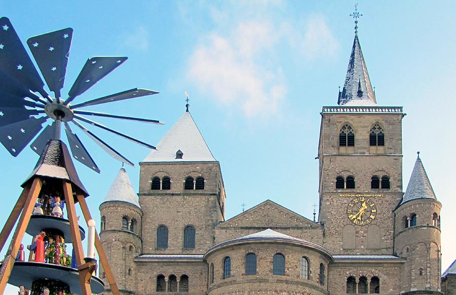 Auch in diesem Jahr bietet die ttm wieder ihren besinnlichen Rundgang durch das vorweihnachtliche Trier an. Foto: ttm