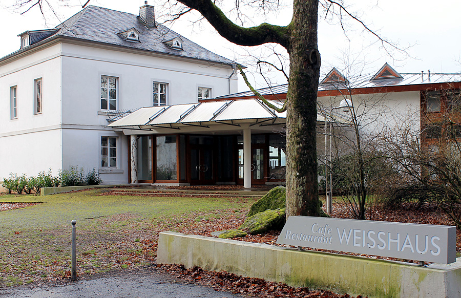 Zwischen Nostalgie, morbidem Charme, Melancholie und neuer Bestimmung - das Trierer Weißhaus.
