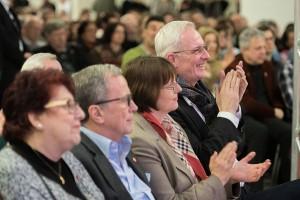 Auch Oberbürgermeister Wolfram, hier mit Ehefrau Andrea Sand, ist begeistert.