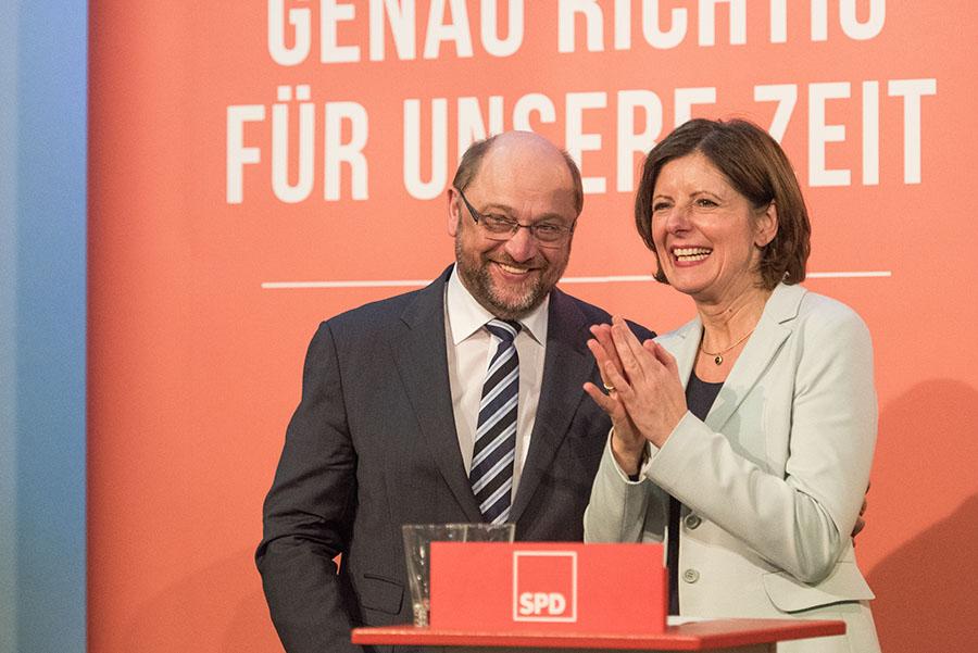 Umjubelter Auftritt in der Europäischen Kunstkakademie: Martin Schulz und Malu Dreyer.