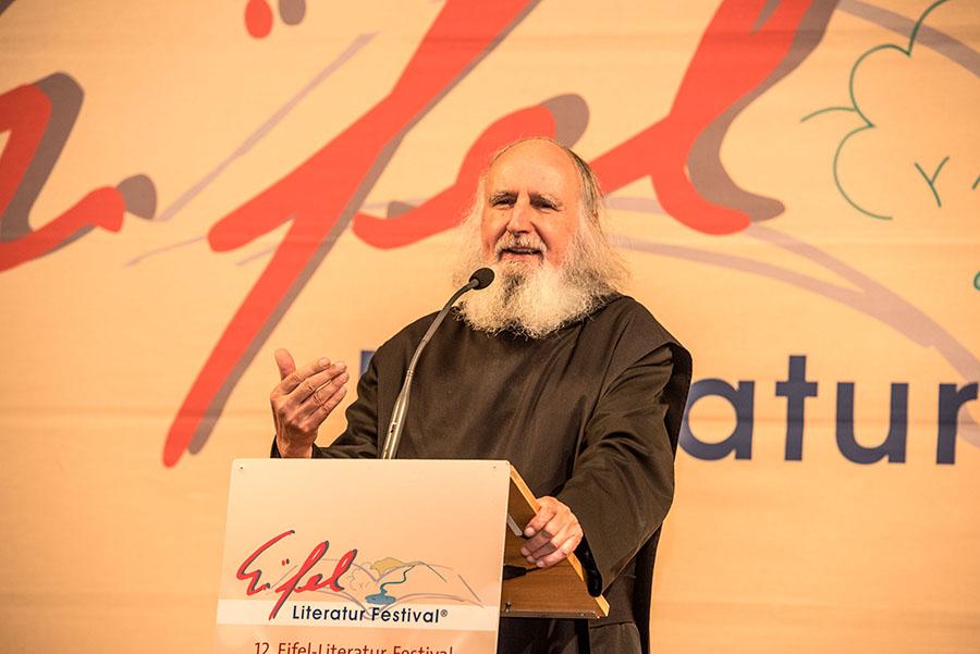 Ein Mönch, der die Menschen erreicht: Pater Anselm Grün. Alle Fotos: Rolf Lorig