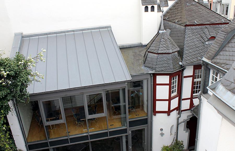 """Ins """"Kutscherhaus"""" am """"Haus Franziskus"""" wird das Seniorenbüro einziehen."""