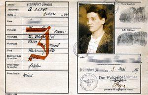 Ein Schlüsseldokument der Judenverfolgungen in Trier: Die sogenannte Kennkarte. Foto: Stadtmuseum Simeonstift