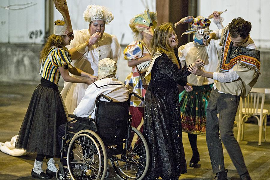 """Das reine Gastspieltheater sieht die AfD nicht als Lösung an. Deswegen sollen Eigenproduktionen, wie hier der Publikumsmagnet """"Der Zauberberg"""", auch in Zukunft gesichert sein. Foto: Vincenzo Laera"""