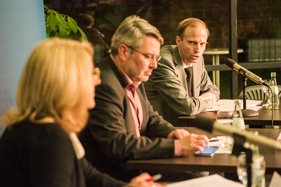 Marion Schneid, CDU-Chef Udo Köhler und Kulturjournalist Martin Eich stellten sich am Mittwochabend den Fragen der Triererinnen und Trierer. Alle Fotos: Rolf Lorig