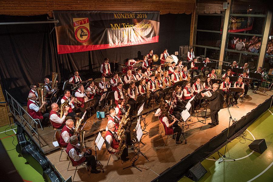 Ein imposanter Klangkörper, der selbst gehobene musikalische Ansprüche befriedigt: Der Musikverein Trier-Tarforst. Fotos: Rolf Lorig
