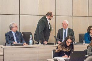Oberbürgermeister Wolfram Leibe sollte den Theater-Skandal nutzen und sich auf den Weg zu mehr Demokratie machen. Foto: Rolf Lorig