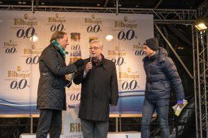 Sportdezernent Andreas Ludwig, hier mit Wolf-Dieter Poschmann (links) und Berthold Mertes (rechts). freut sich über 2000 Teilnehmer aus 20 Nationen