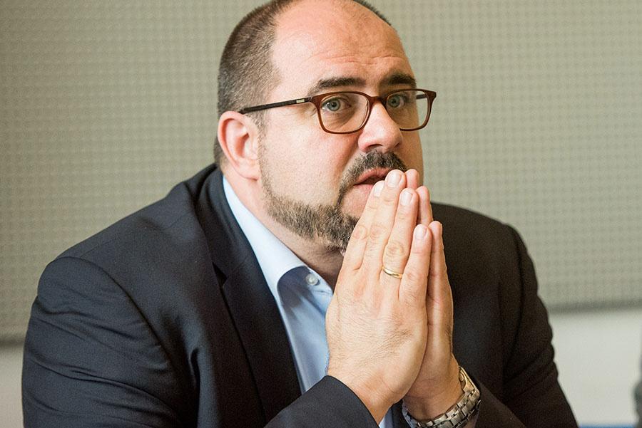 Thomas Egger (SPD) wurde heute am frühen mit großer Mehrheit vom Rat abgewählt. Foto: Rolf Lorig