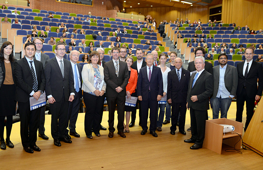 Zehn Nachwuchswissenschaftler erhielten aus den Händen der Stifter die Förderpreise des Freundeskreises der Universität Trier.