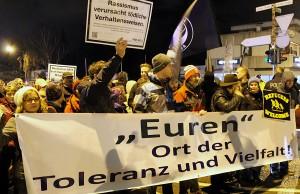 Kurz vor Weihnachten demonstrierten über 300 Menschen in Euren gegen die neue Fremdenfeindlichkeit.