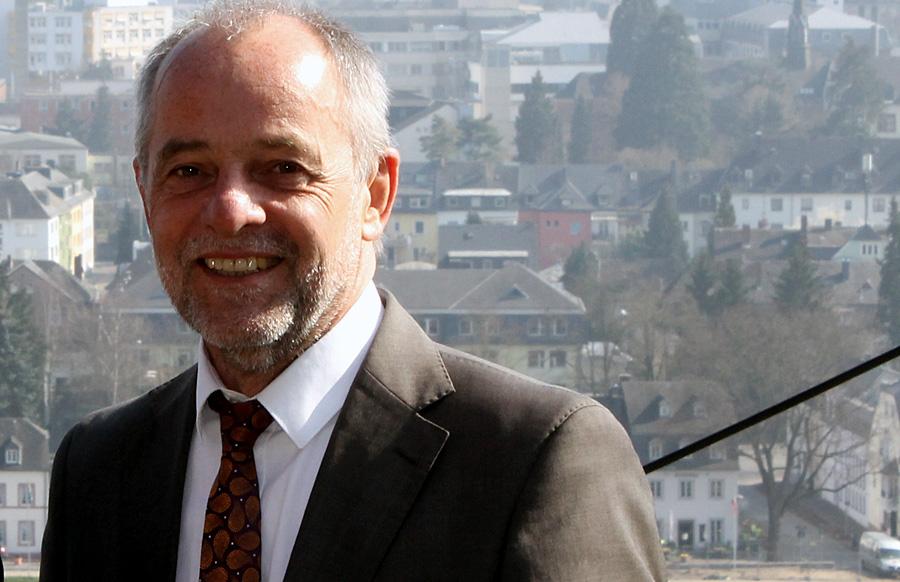 Die 89. Ratssitzung war zugleich seine letzte: Oberbürgermeister Klaus Jensen (SPD) hat sich heute mit einer Mammut-Tagesordnung vom Trierer Stadtrat verabschiedet.