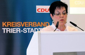 Jutta Albrecht hat am Samstag viel Mut bewiesen und sich Respekt verschafft. Eine erneute Kandidatur gegen Köhler sähe aber wie Trotz aus.