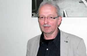 AfD-Chef Michael Frisch betont, er habe sich stets - auch in den baubegleitenden Kommission - für den Bürgerentscheid ausgesprochen.