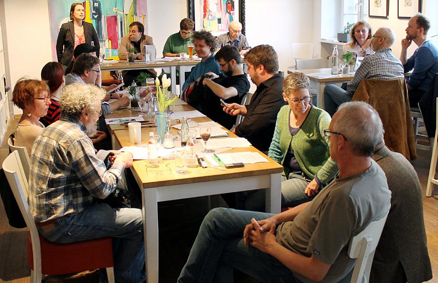 Wenig los, dafür aber viel Harmonie: Parteitag der Trierer Grünen am Montagabend im Café Balduin.