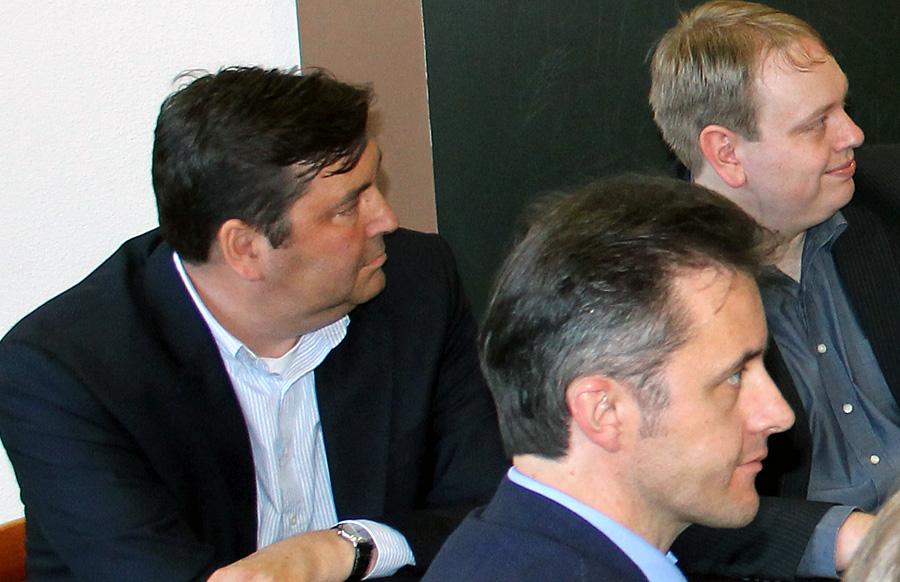 Martin Neuffer (links), hier auf dem Parteitag der FDP vor zwei Wochen, verstarb gestern im Alter von nur 47 Jahren.