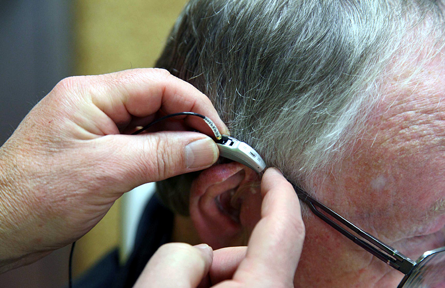 Laut Umfrage erzielten die Handwerke des Gesundheitsgewerbes, zu denen auch die Hörgeräteakustiker gehören, die besten Werte. Foto: amh-online.de