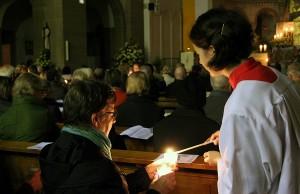 Viele Gläubige feierten den Geburtstag der Kirche mit.