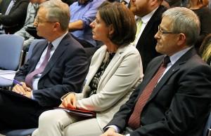 """""""Dem Handwerk geht es weiterhin gut"""", sagt HWK-Präsident Rudi Müller (rechts), hier mit Ministerpräsidentin Malu Dreyer und HWK-Geschäftsführer Dr. Manfred Bitter."""