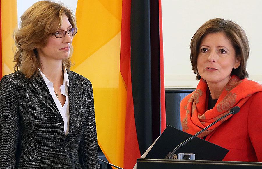 Dreyer und Bätzing-Lichtenthäler haben am Dienstag die neuesten Zahlen am Arbeitsmarkt vorgestellt. Foto: Stefan Sämmer/Stkz