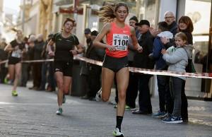 Gesa Felicitas Krause war letztlich mit ihrem fünften Platz zufrieden. Foto: Silvesterlauf Trier