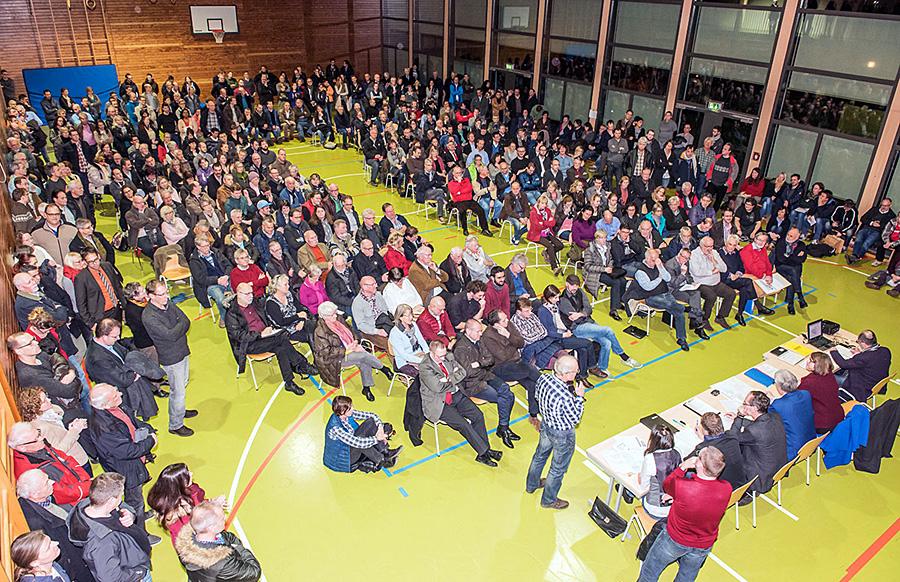 Das Interesse an der Informations-Veranstaltung am Dienstagabend in der Tarforster Grundschule war riesig. Foto: Rolf Lorig