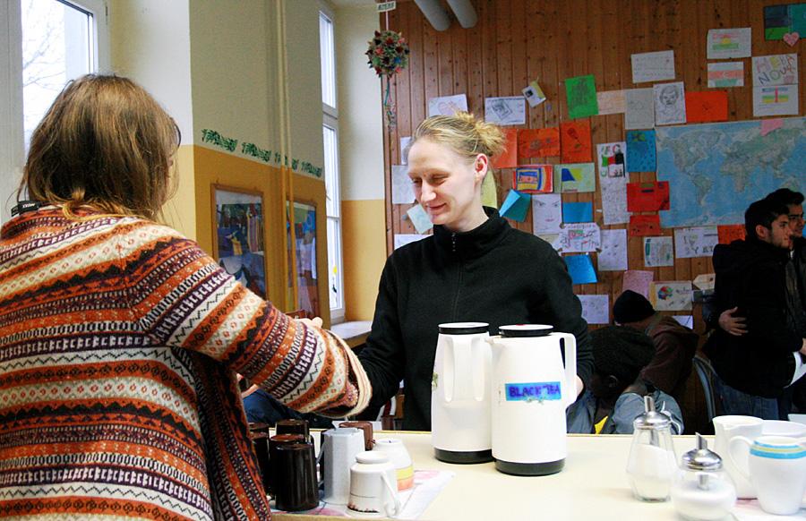 Auch in Rheinland-Pfalz engagieren sich viele Ehrenamtliche in der Flüchtlingsarbeit. Die Landesregierung fordert den Bund nun erneut auf, seiner Verantwortung auch finanziell gerecht zu werden. Foto: Gabi Böhm