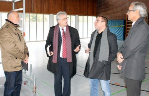 Baudezernent Andreas Ludwig hatte am 19. Januar die Gründe der Sperrung vor Ort erläutert.