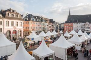 Lockt bis Sonntag, 13. März mit vielfältigen Angeboten: Der Trierer Ostermarkt. Foto: Rolf Lorig