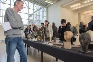 Die Vorbesichtigung gibt einen umfassenden Überblick über das künstlerische Schaffen von Jupp Zimmer.