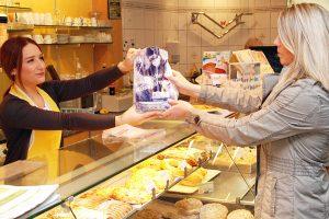 Backwaren gibt's ab sofort in einer besonderen Tüte. Foto: Polizei RLP
