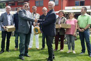 Leben retten: Der Stadtsportverband hat vier Trierer Vereine mit Defibrillatoren ausgestattet.
