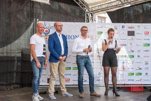 Moderatorin Alexandra Meusel begrüßt gemeinsam mit gerd Guillaume, Benno Skubsch und Peter Lehnert das Publikum