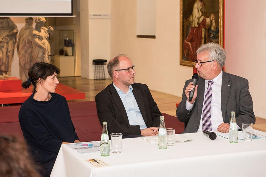 Diskutierten Chancen und Möglichkeiten der Stadtentwicklung: Constanze Küsel, Marcus Stölb und Andreas Ludwig. Fotos: Rolf Lorig