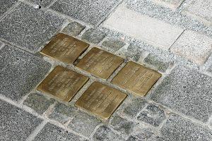 Die Stolpersteine erzählen vom Leid der Opfer der NS-Herrschaft.