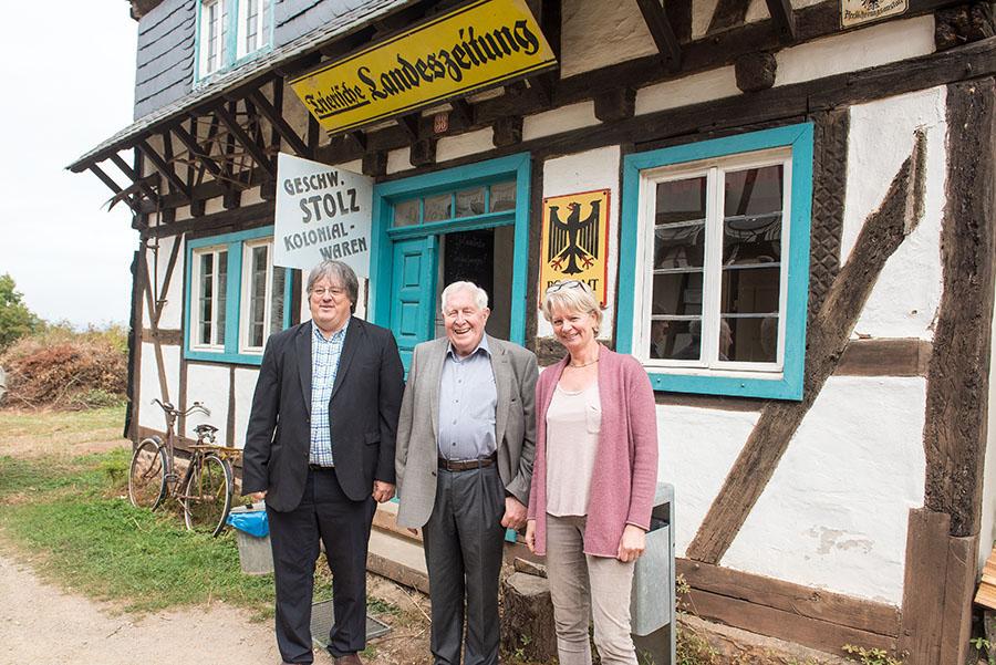 Zeit für die Fotografen: Helge Klaus Rieder, Bernhard Vogel und Ulrike Trilsbach. Fotos: Rolf Lorig