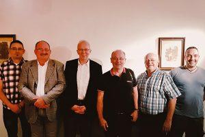 Neugewählter Kreisvorstand der AfD Trier: Mario Hau, Peter Johannes Becker, Michael Frisch, Arno Steffen, Hans Lamberti, Sascha Weckmann (v.l.). Foto: privat