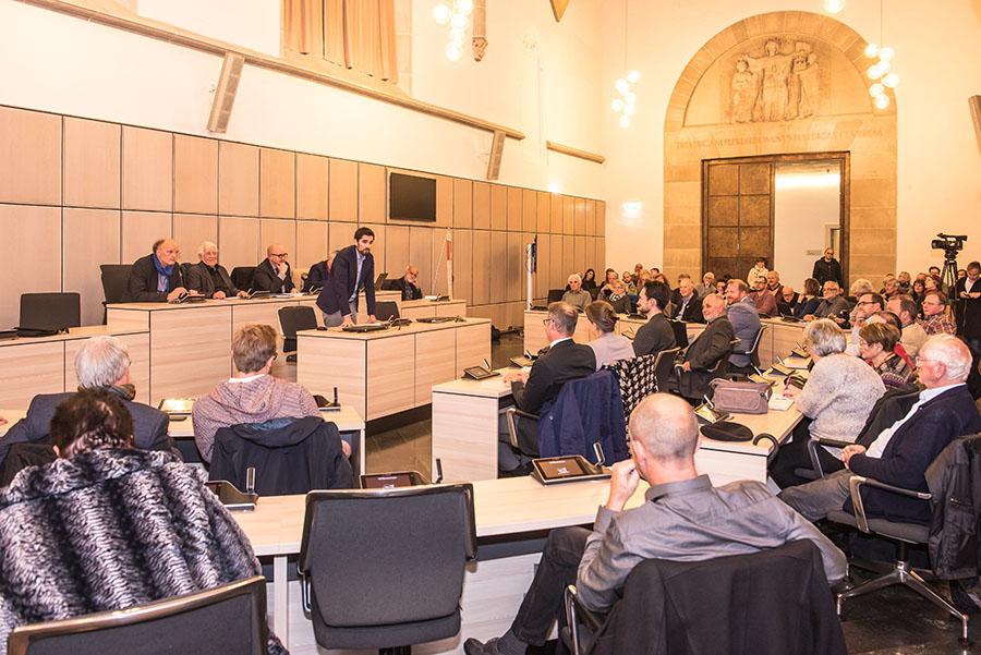 SPD-Fraktionsvorsitzender Sven Teuber bei der Begrüßung der Gäste. Fotos: Rolf Lorig