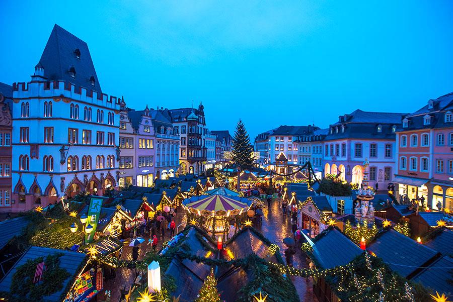 Was Gehört Auf Einen Weihnachtsmarkt.Mit Glühwein Und Glühviez über Den Weihnachtsmarkt Trier Reporter
