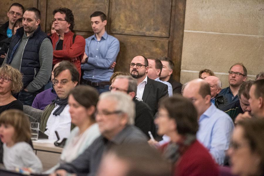 Der Theater-Skandal bewies: In Stadtrat und Ausschüssen mangelte es nicht nur an intellektueller Tiefe und analytischen Fähigkeiten, sondern auch an Weitsicht. Foto: Rolf Lorig