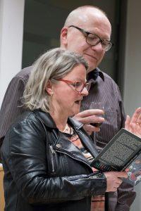Machen einen Leseabend zum Erlebnis: Ursula Dahm und Rainer Breuer.