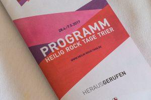Auf 75 Seiten informiert das Programm über die Veranstaltungen der Heilig-Rock-Tage